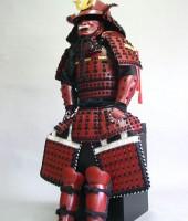 黒糸威伊予腰取二枚胴稚児鎧