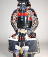 紺赤糸威胸取黒桶側二枚胴具足(十二間)