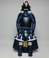 紺糸威鋲綴頭形二枚胴具足(艶消)